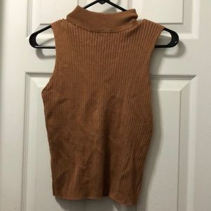 Tops - Sleeveless mock neck top